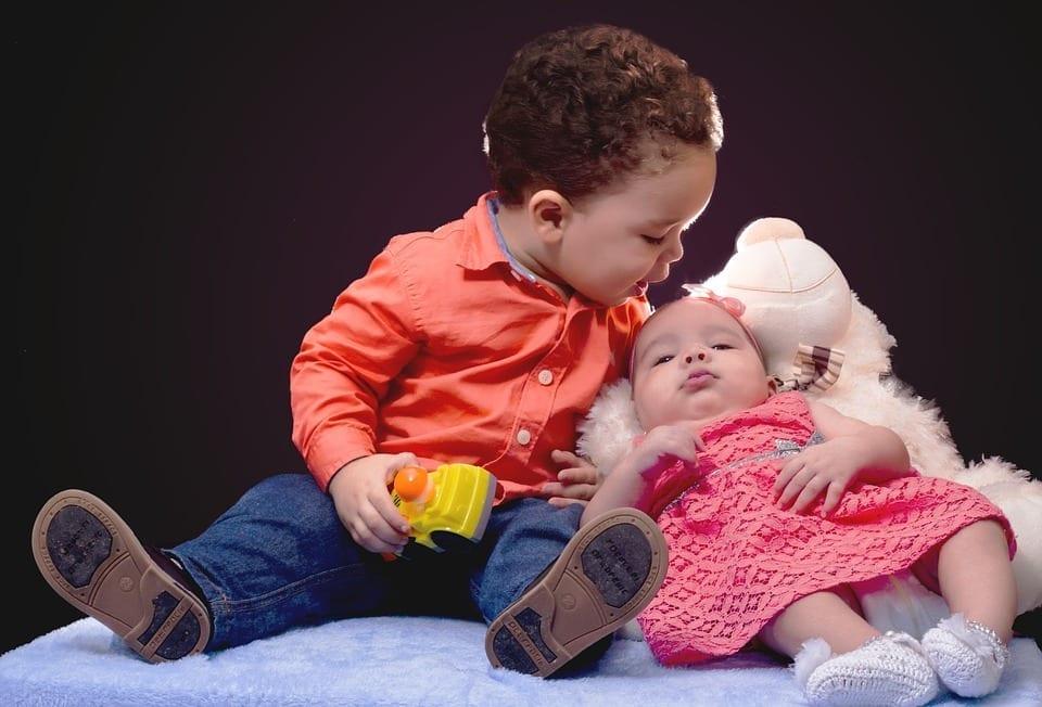2 Kleinkinder Durchhalten angesagt - Alltag mit zwei Kindern mit geringem Altersunterschied - Erfahrung mit Wickelkindern im Doppelpack 1