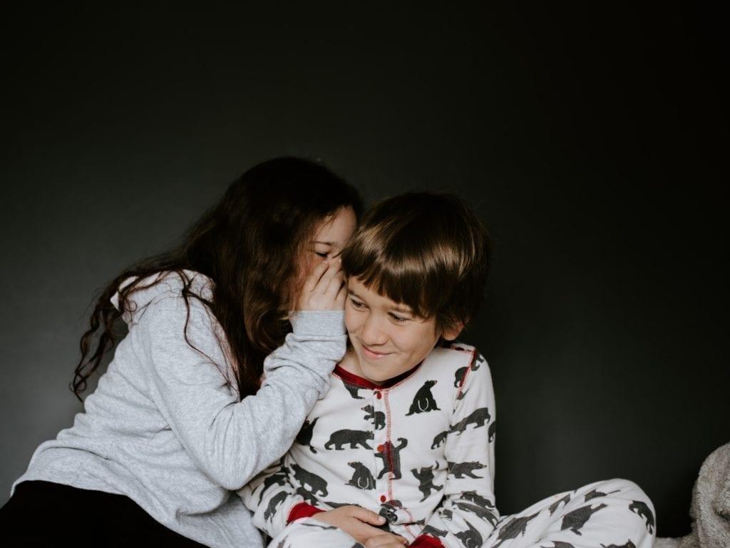 Geschwister streiten und schlagen sich - Der Geheimtipp für mehr Geschwisterliebe 4