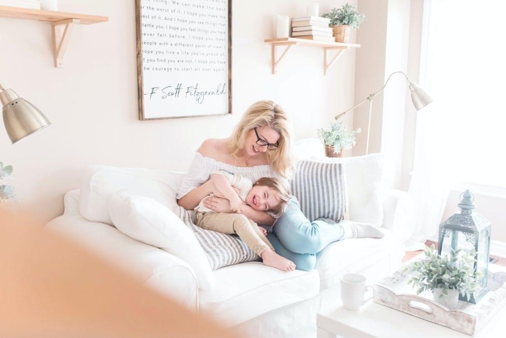 Probleme-mit-anstrengenden-Kindern-schnell-und-effektiv-lösen-mit-Mama-Mentorin-Claudia-Zach.-Willst-du-eine-entspannte-Mama-von-glücklichen-Kindern-sein