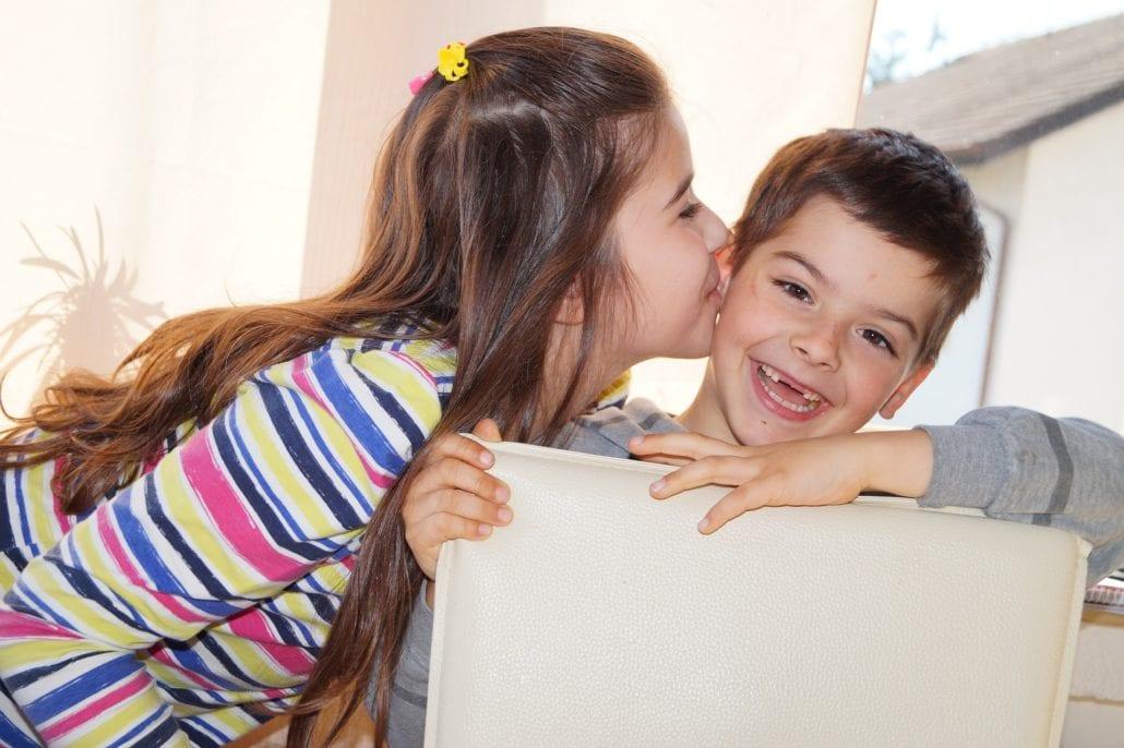 Geschwisterstreit unter Kindern - Der ausführliche Online Kurs - Geschwisterliebe