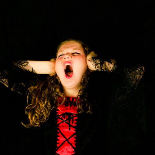 Dein Kind hört nicht und Provoziert nur - 4 Methoden wirklich helfen - Reaktion Kind ist verschieden